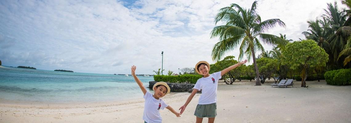 DIY Maldives with Kids – Holiday Inn Resort Kandooma (A Review & Giveaway)