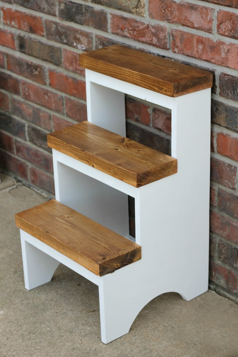 Finished Product Diy Step Stool Tutorial Woodworking Plan