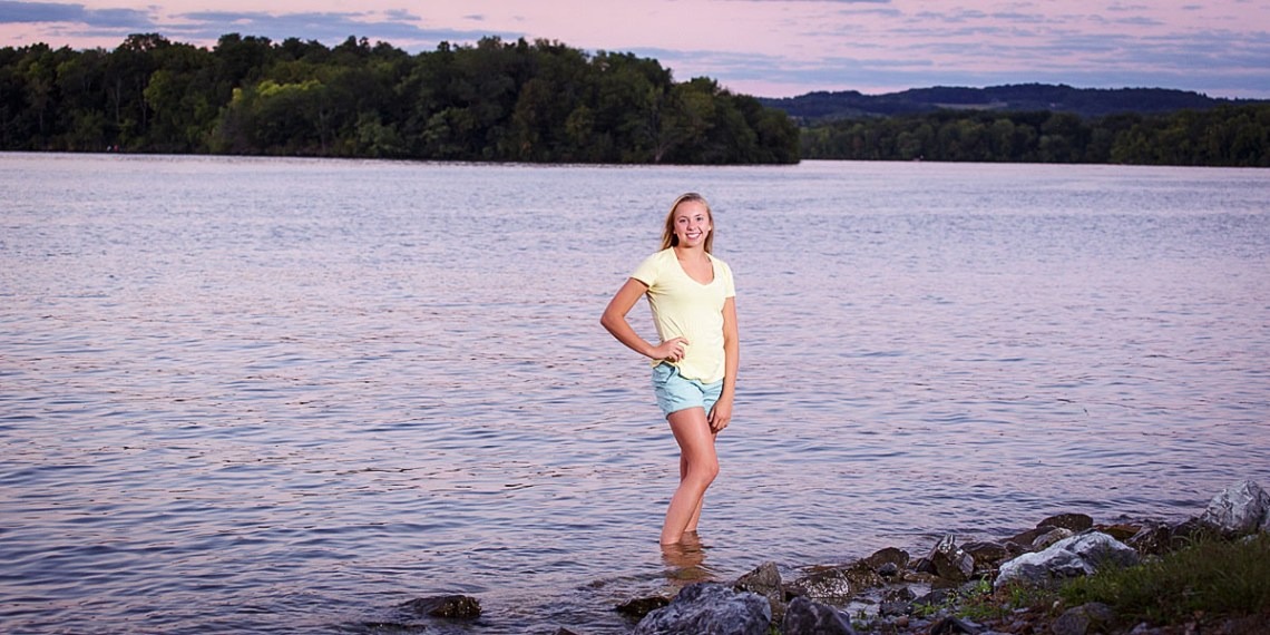 Sunset senior photos blue marsh lake