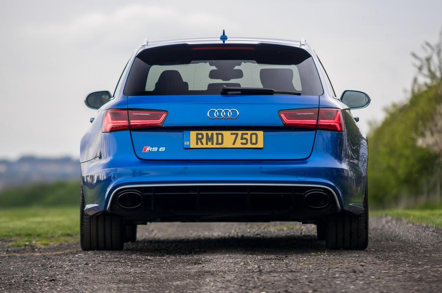 audi-rs6-rear-end_0.jpg