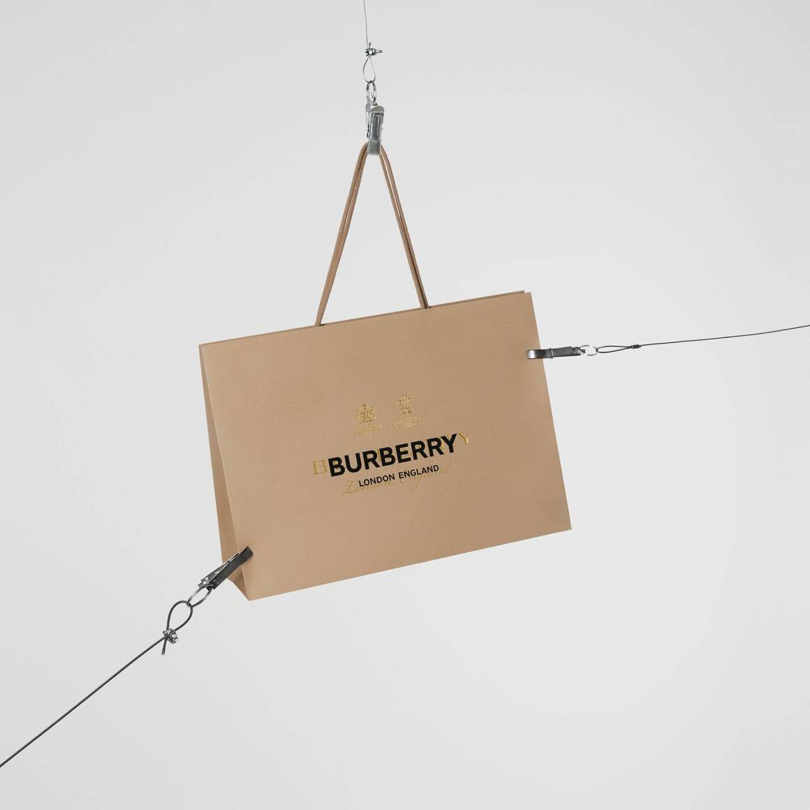 burberry-24-hour-product-releases-instagram-wechat-and-121-regent-street.jpg