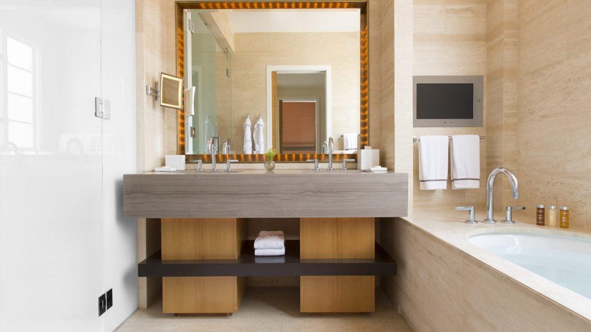 bel-air-canyon-suite-bathroom2400x1350-1600x900.jpg