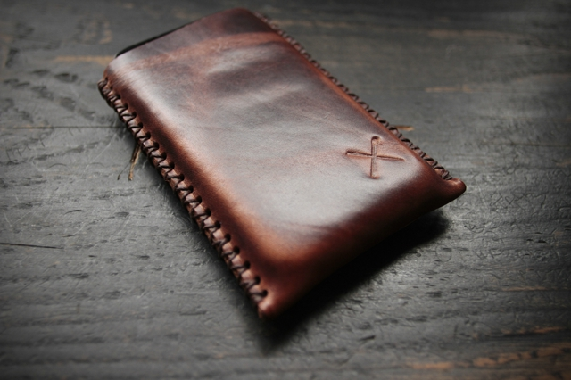 Draught Dry Goods Phone Carry