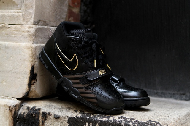Nike Air Trainer 1 Mid Premium Black