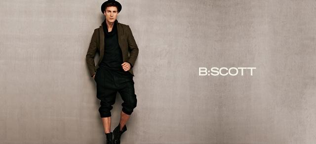B:Scott at MYHABIT