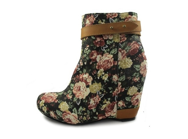 80 20 Tessa Ankle Boot - Black Rose_2