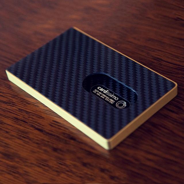 Cardissimo Carbon Fibre Card Case Gold_2