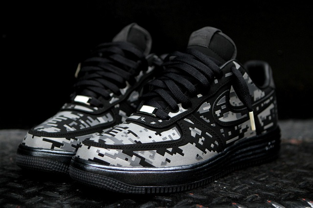 "NIKE Lunar Force 1 ""Digital Camo"""