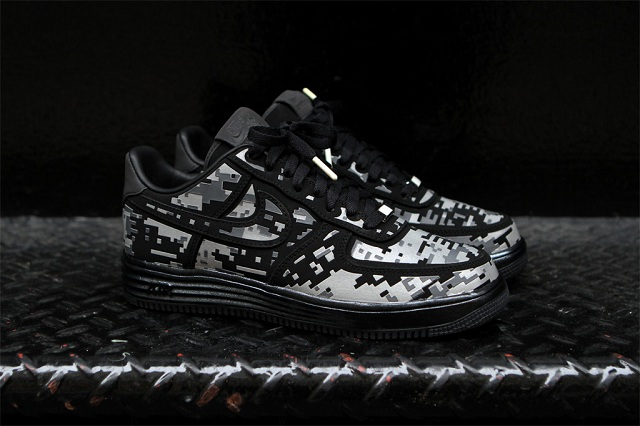 NIKE Lunar Force 1 Digital Camo_2