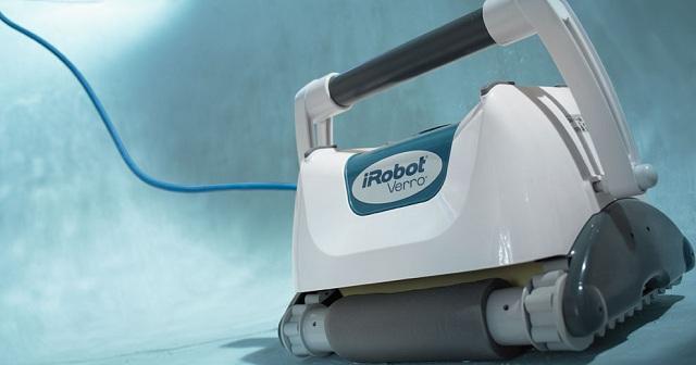 iRobot Verro 500 PowerScrub Pool-Cleaning Robot_2