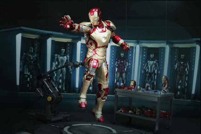 Iron Man 3 - Power Pose Mark XLII