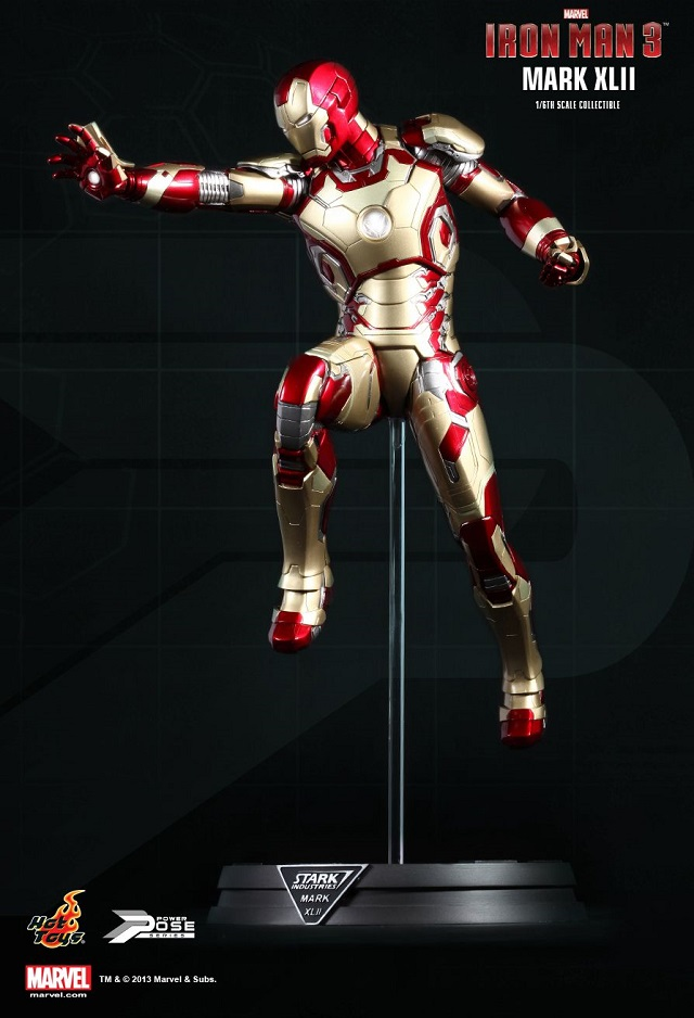Iron Man 3  - Power Pose Mark XLII_11