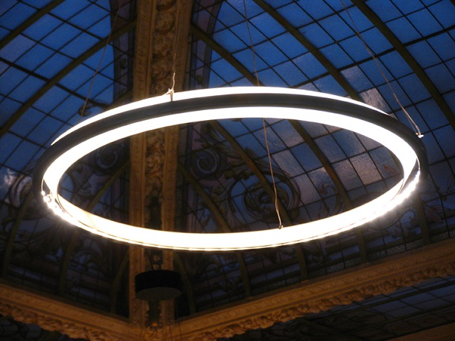 Nimba LED Suspension Light by Santa & Cole_3