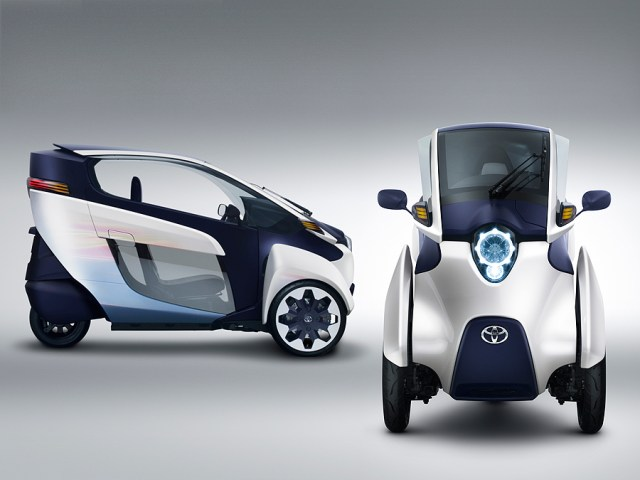 TOYOTA i-ROAD Electric Personal Mobility Vehicle_3