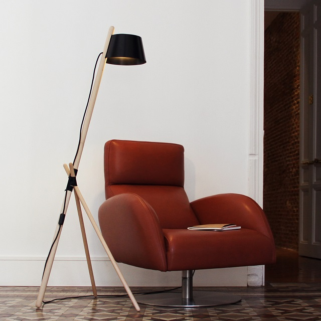WoodenDot Ka M Essential Floor Lamp