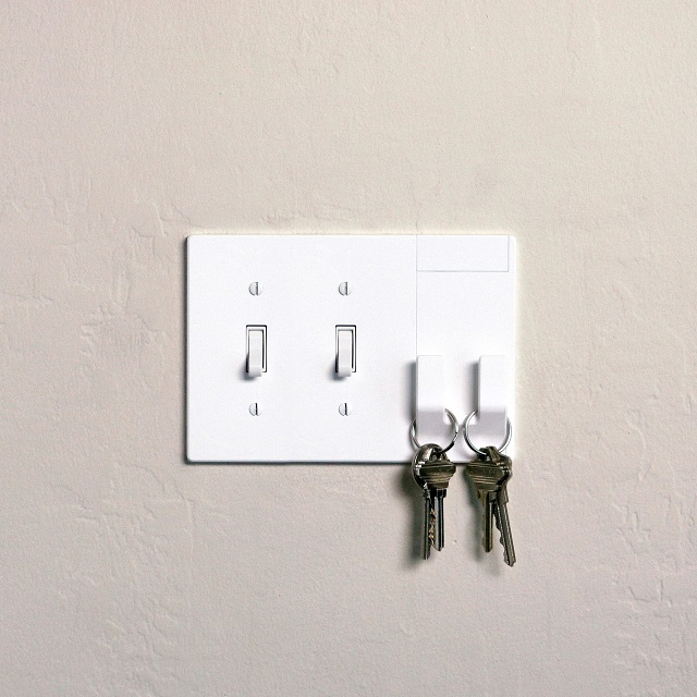 Walhub 2Hang Toggle Functional Switch Covers