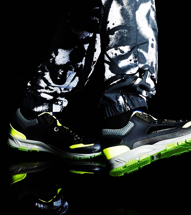Lanvin Black Leather Neon-trimmed Trainers_2