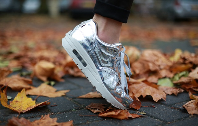 "77b58e53 Nike WMNS Air Max 1 SP ""Liquid Silver"" 