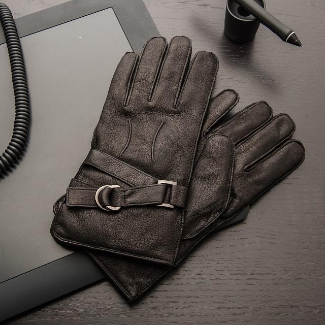 Portolano Deerskin Glove With Buckle