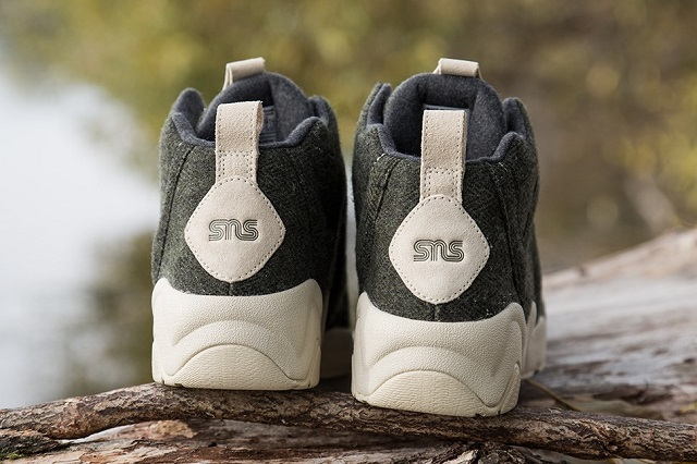 Sneakersnstuff x Reebok Kamikaze II Mid_7