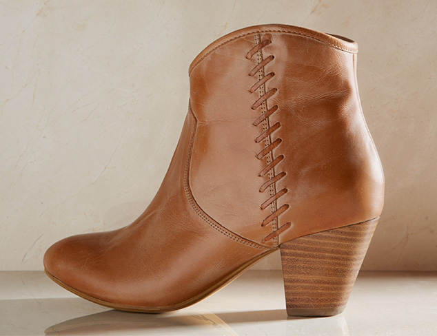 Urban Cowgirl Boots, Bags & More at MYHABIT