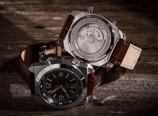 Lew & Huey Acionna Watches