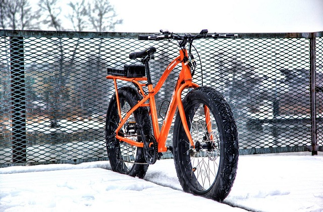 Surface 604 Element Wide Grip Electric Fat Bike_2