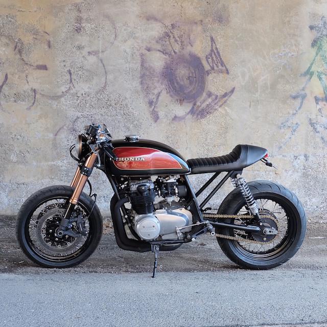 Cognito Moto Custom Honda CB550 Café Racer_2