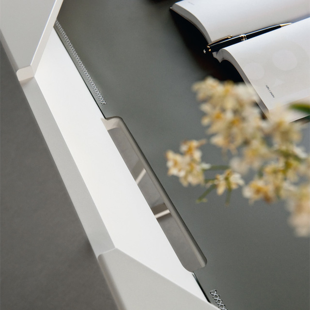 Qwerty Desk by Cattelan Italia_5