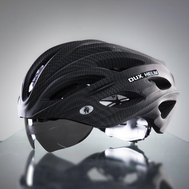 Dux Helm Premium Retractable Lens Cycling Helmet in Carbon Black