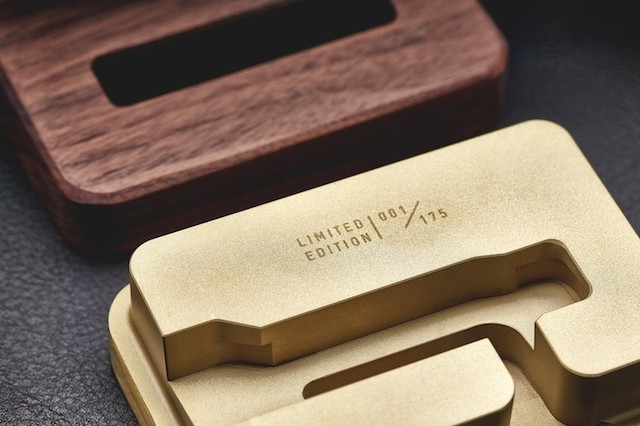 GROVEMADE Limited Edition iPhone Dock in Brass and Walnut_1