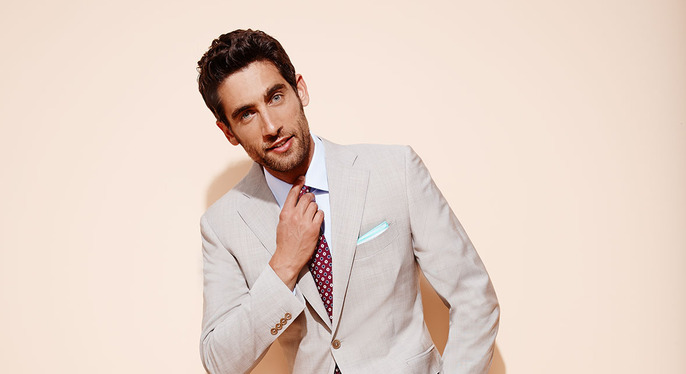Suits & Blazers: Up to 80% Off at Gilt