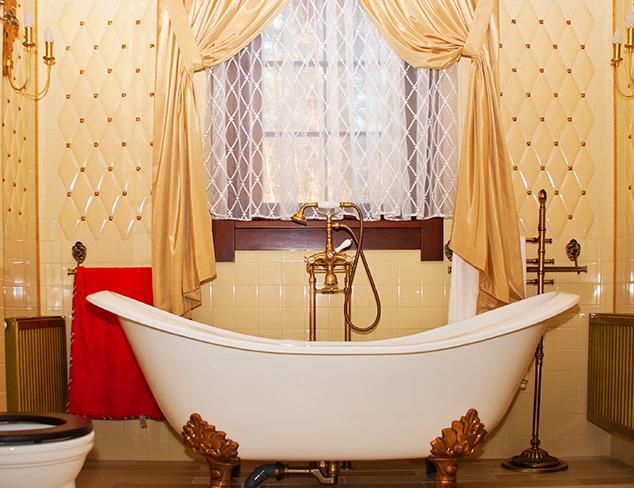 Fit for a Princess: Bathroom Décor at MYHABIT