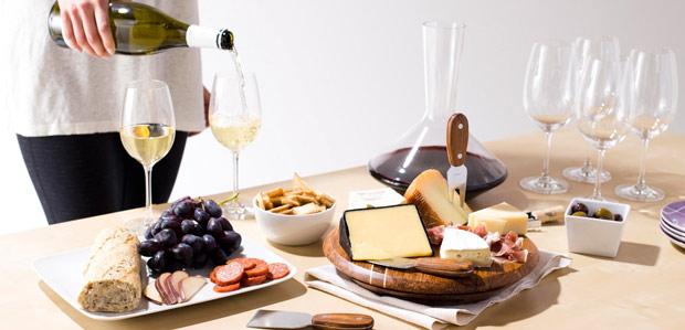 For the Wine Aficionado: From Decanters to Coolers at Rue La La