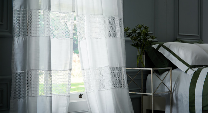 Lighten Up: Bright & Airy Window Treatments at Gilt