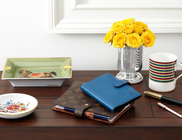 Beautiful Business: Décor for Her Desk at MYHABIT