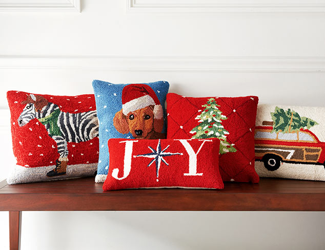 Instantly Jolly: Holiday Pillows & Throws at MYHABIT
