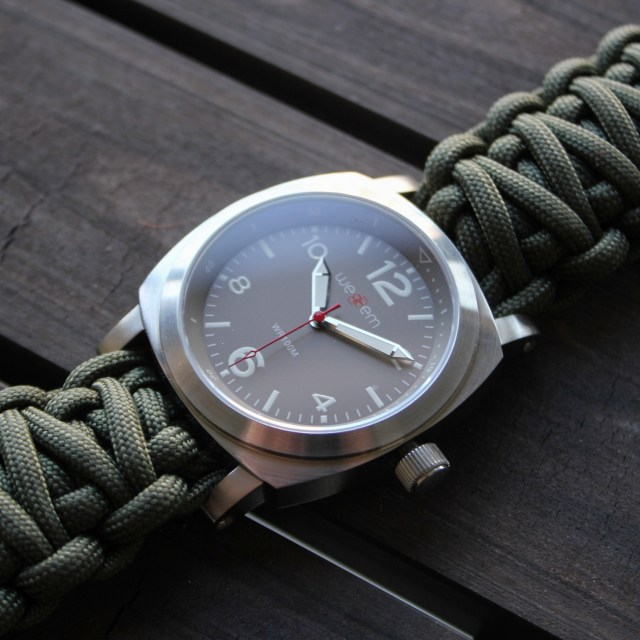 wweBBem Traveler Adventure Watch // Earl Grey + Army Green Paracord Strap