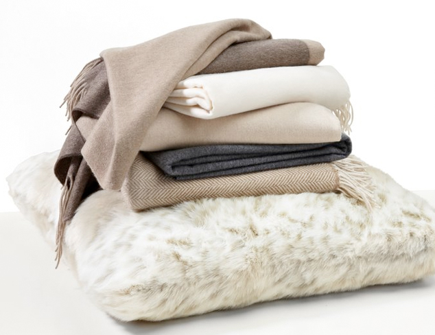 Wintery Mix: Warm Throws, Down Bedding & More at MYHABIT