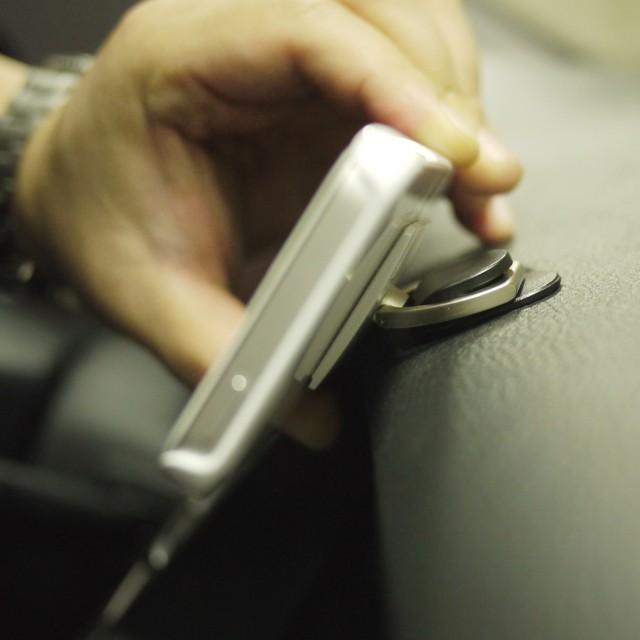 iRing Smartphone Grip & Stand Holder