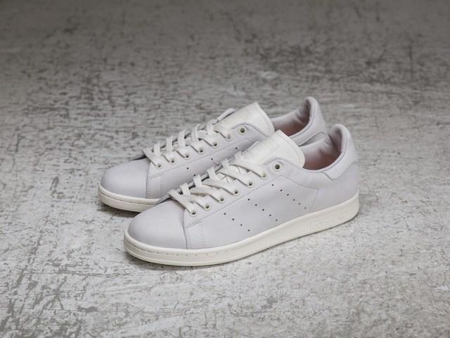 Sneakersnstuff x adidas Stan Smith Shades of White