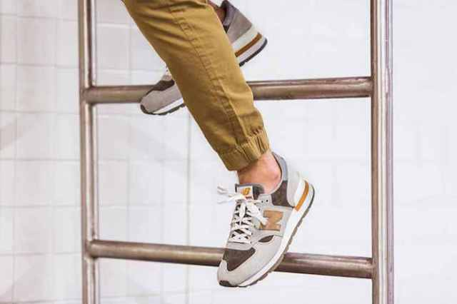 J.Crew x New Balance 990 V.1 Pack in Cobblestone_1