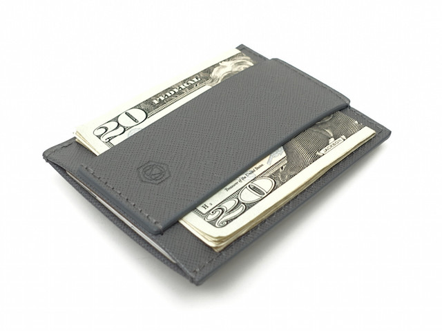 Minimalist Wallet by CAPSULE_5