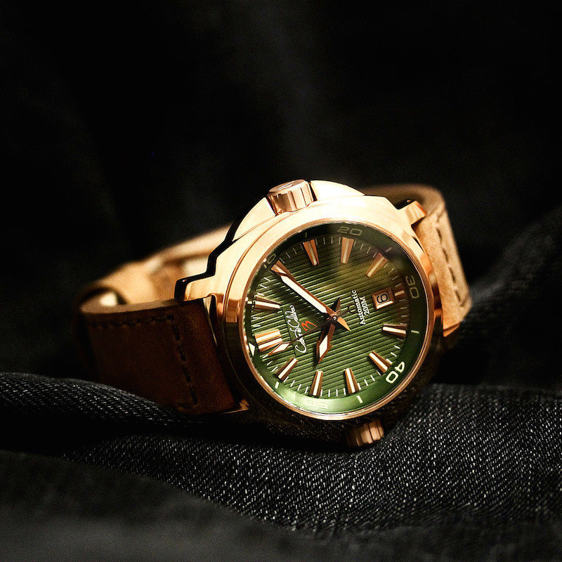 Cobra de Calibre CuSn8 Bronze Dual Crown Grees Dial Automatic Watch
