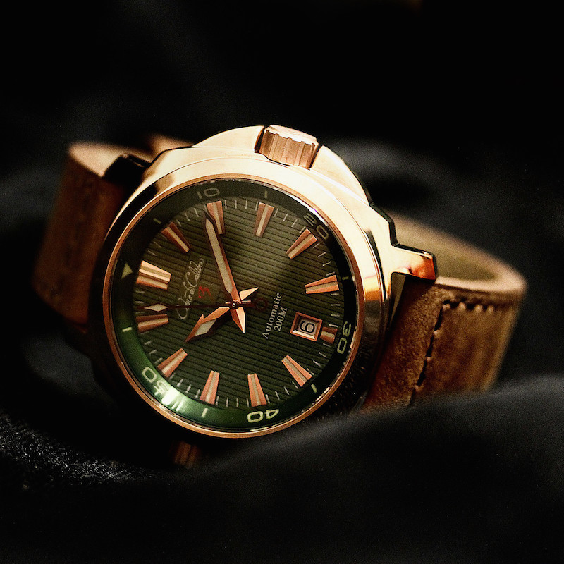 Cobra de Calibre CuSn8 Bronze Dual Crown Grees Dial Automatic Watch
