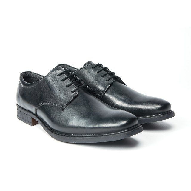 Redfoot Gibson Lace Up Shoe in Black