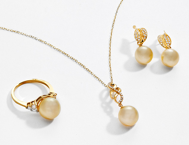 Pretty in Pearls at MYHABIT