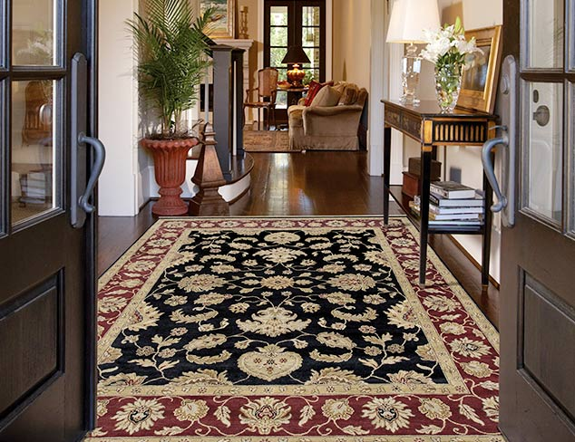 Under $300 Traditional Rugs at MYHABIT