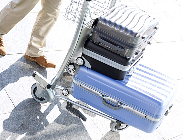 The Smart Traveler Hardcase Luggage at MYHABIT