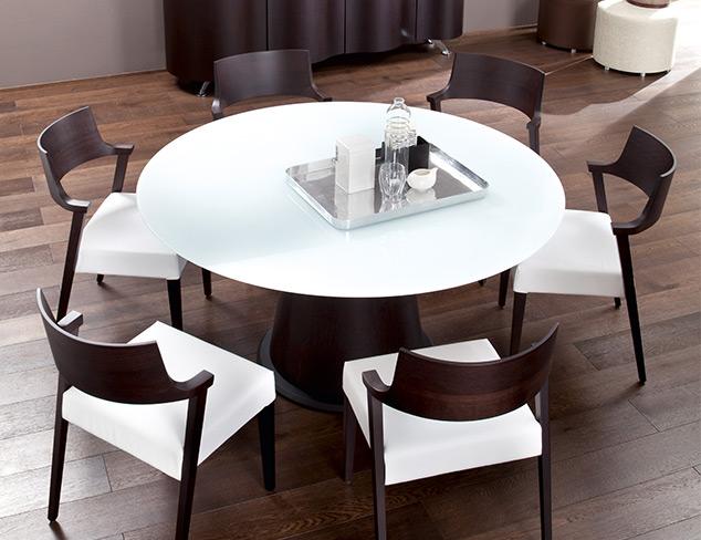 Wine & Dine With Modern Design at MYHABIT